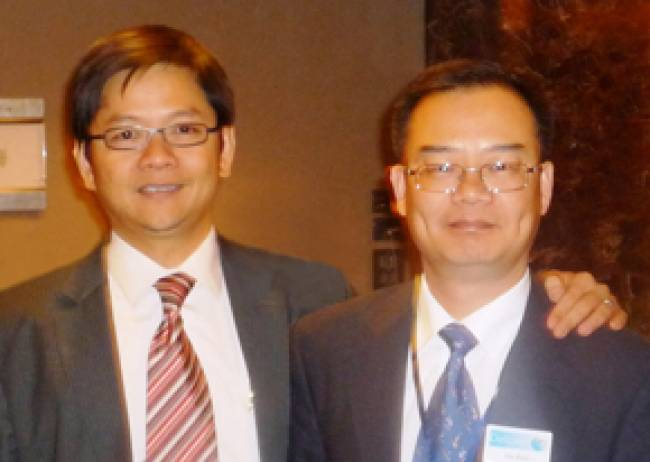 CK Goh, SolidWorks General Manager for Greater China, (left) and Joe Zhou, Delcam General Manager for Greater China